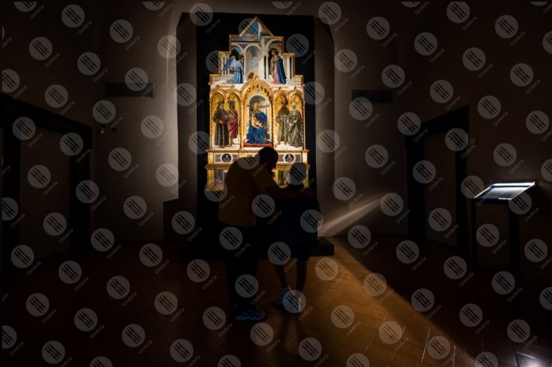 Polittico di Sant'Antonio Piero della Francesca Galleria Naziona dell'Umbria dipinto colori arte anziano bambino  Perugia