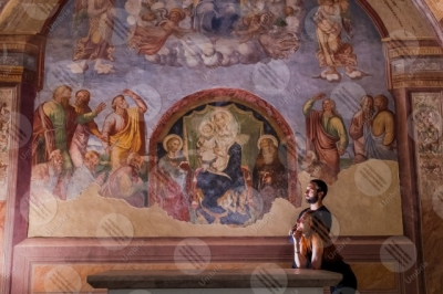 sant-anatolia-di-narco Chiesa di Santa Maria delle Grazie affresco colori arte dettagli particolari coppia ragazzo ragazza