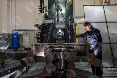 umbria industria impresa economia lavoro lavorazione lavoratore operaio strumenti uomo