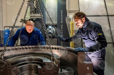umbria industria impresa economia lavoro lavorazione lavoratori operai strumenti uomini