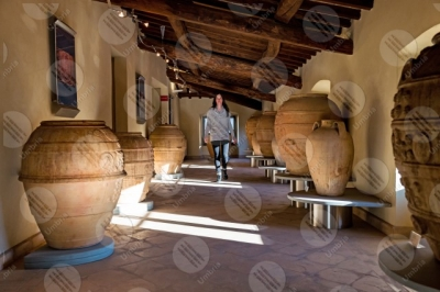 marsciano Dynamic Museum of Brick and Terracotta terracotta pottery vessels jars woman girl