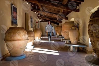 marsciano Museo Dinamico del Laterizio e delle Terrecotte terracotta terrecotte vasi giare donna ragazza