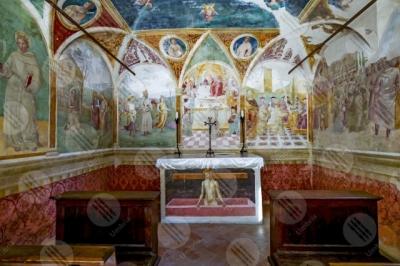 montefalco Convento di San Fortunato Tiberio D'Assisi Cappella delle rose paintings art altar