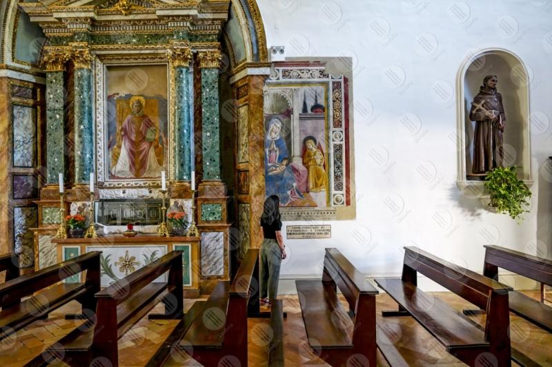 Convento di San Fortunato Benozzo Gozzoli altare dipinti arte donna ragazza  Montefalco