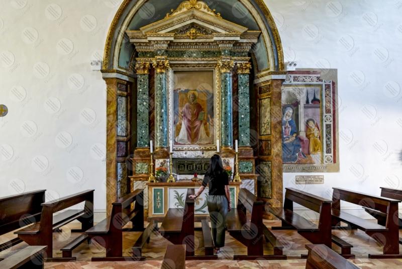 Convento di San Fortunato Benozzo Gozzoli altar paintings art woman girl  Montefalco