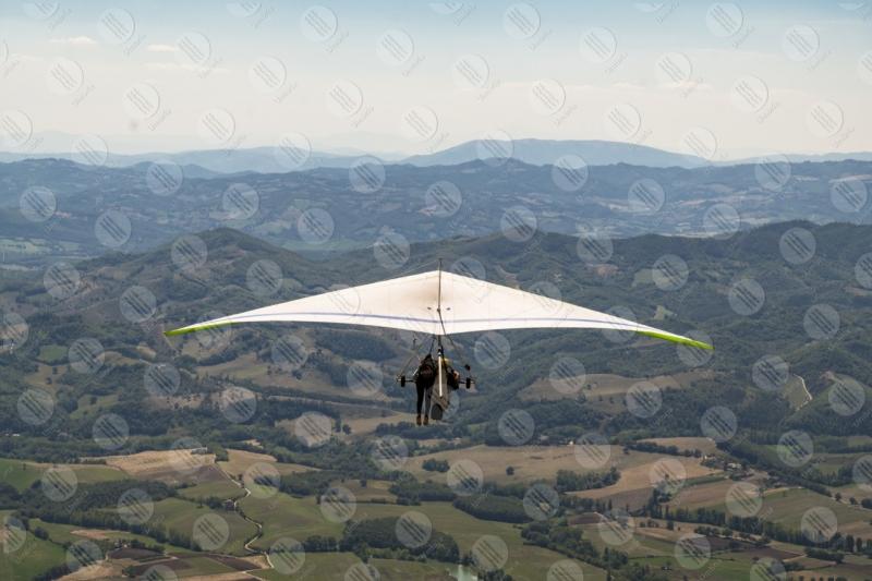 park Monte Cucco hang glider sport fly view landscape hills mountains sky  Eugubino - Altochiascio