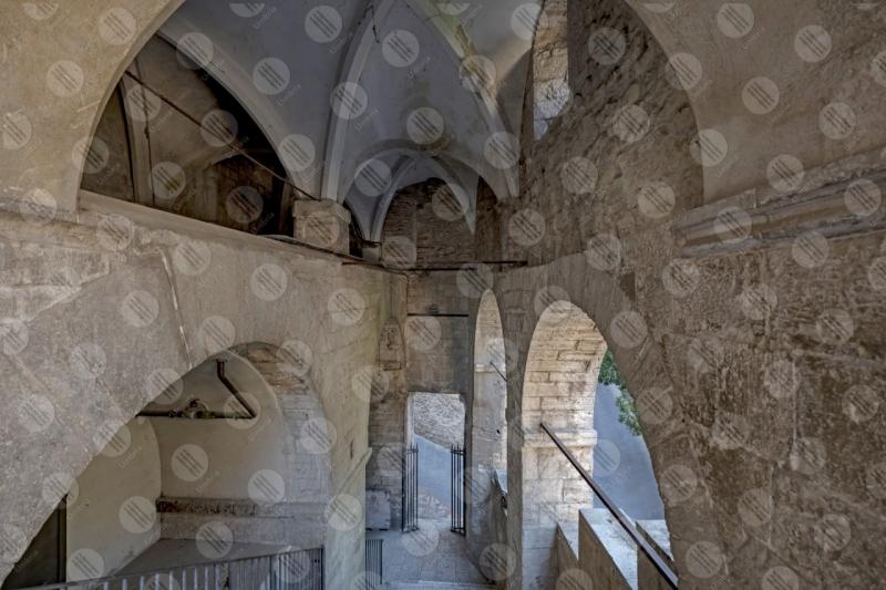Todi centro storico vicoli archi scorcio  Todi