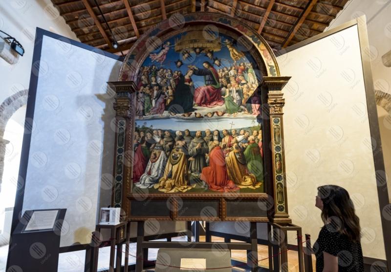 museo pinacoteca Giovanni di Pietro lo Spagna discepolo Perugino affresco donna arte  Todi